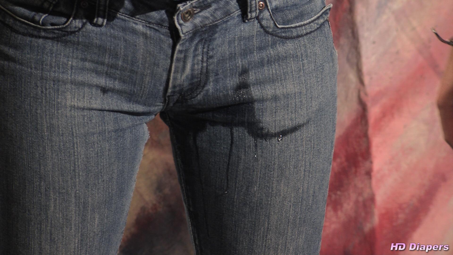 Peeing contest winner gets spa